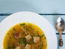 Zupa rybna z grzankami