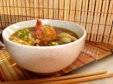 Zupa rybna z sosem sojowym
