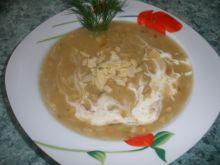 Zupa selerowa z migdałami