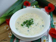 Zupa serowa z cukinią i porem