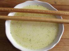 Zupa serowa z czosnkiem