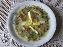 Zupa szczawiowa z jajkiem i grzankami