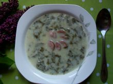Zupa szczawiowo-pokrzywowa z kiełbasą