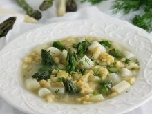Zupa szparagowa z kluseczkami