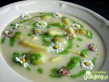 Zupa szparagowa z kwiatkiem