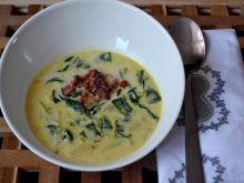 Zupa szpinakowa z pulpetami i boczkiem