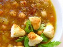 Zupa warzywna z ciecierzycą