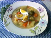 Zupa warzywna z jajkiem