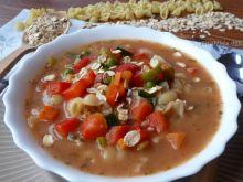 Zupa warzywna z makaronem i płatkami owsianymi