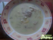 Zupa warzywna z serkiem topionym