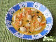 Zupa warzywna z żółtym serem