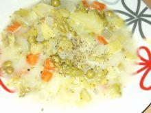 Zupa z brokułami i rzodkwią