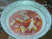 Zupa z buraczkami i kurczakiem dla malucha