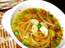 Zupa z cukinia i kielkami