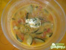 Zupa z cukinii i pomidorów