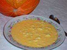 Zupa z dynią i lanymi kluskami