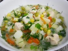 Zupa z groszkiem i kukurydzą