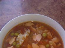 Zupa z groszkiem zielonym i pomidorami