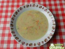Zupa z groszku z kukurydzą i warzywami