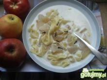 Zupa z gruszek i jablek z cynamonem