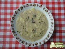 Zupa z grzybów suszonych z łazankami