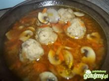 Zupa z klopsikami 4