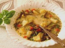 Zupa z konserwowej fasolki szparagowej