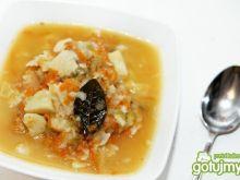 Zupa z kwaśnym ogórkiem