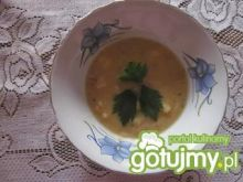 Zupa z łuskanego groszku
