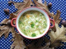 Zupa z makaronem i zasmażką