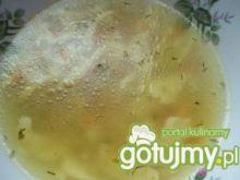 Zupa z makaronem zacierkowym
