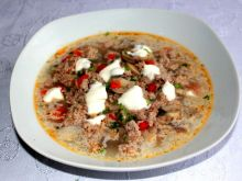 Zupa z mięsa mielonego