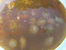 Zupa z mięsem i szalotką