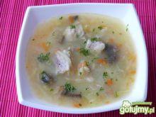 Zupa z mięsem, warzywami i kaszą manną