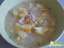 Zupa z młodej kapustki z koperkiem