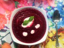 Zupa z pieczonych buraków