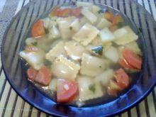 Zupa z rawiolii