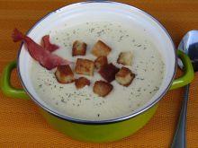 Zupa z serków topionych z grzankami i szynką