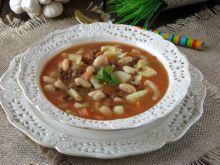 Zupa z soczewicą i fasolą