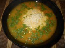 Zupa z soczewicy z serem