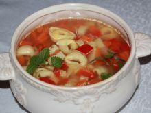 Zupa z tortellini