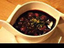 Zupa z wiśni na czerwonym winie