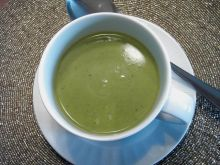 Zupa z zielonego groszku, mrozonego