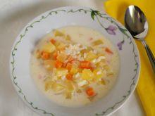 Zupa z żółtej cukinii z ryżem