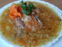 Zupa ze słodkiej białej kapusty