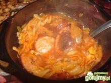 Zupa ze smażoną kiełbasą