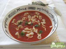 Zupa ze świeżych pomidorów z mascarpone