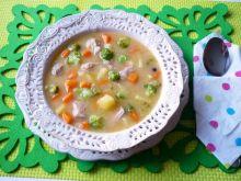 Zupa ziemniaczana z brokułami