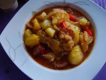 Zupa zimowa z kiełbasą i mięsem
