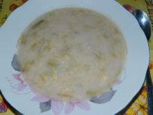 Zupka rabarbarowa z lanym ciastem
